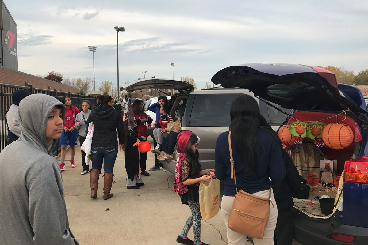 #1StudentNWI: Trunk-or-Treat with a Little Diversity at East Chicago Central High School