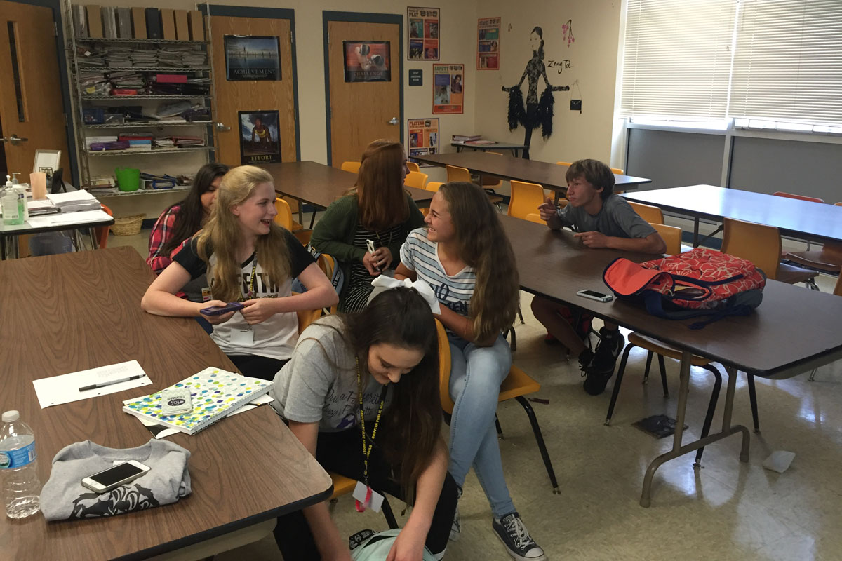 #1StudentNWI: Griffith High School Prepares for Homecoming