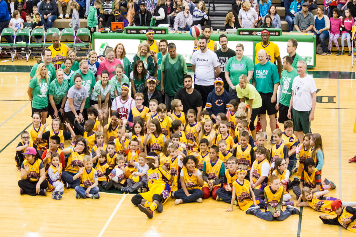 Harlem Wizards Wow Crowd While Helping Valpo Schools Foundation
