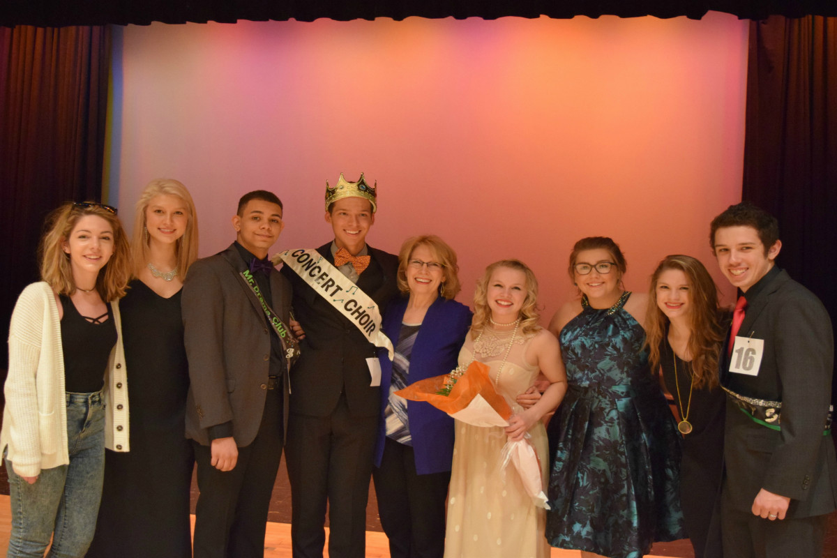 """Michael Radford Takes Title """"President Mr. VHS"""" at Mr. VHS Competition"""