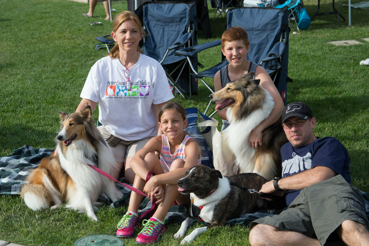 6th Annual Lakeshore Paws Pup Crawl Brings Families and Entertainment to Downtown Valparaiso