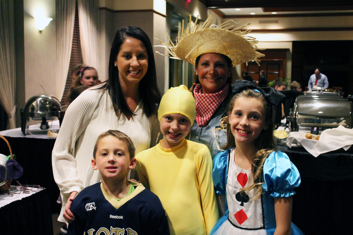 Annual Fall Fun Fest Brings the Sand Creek Country Club Community Together for a Night of Fun