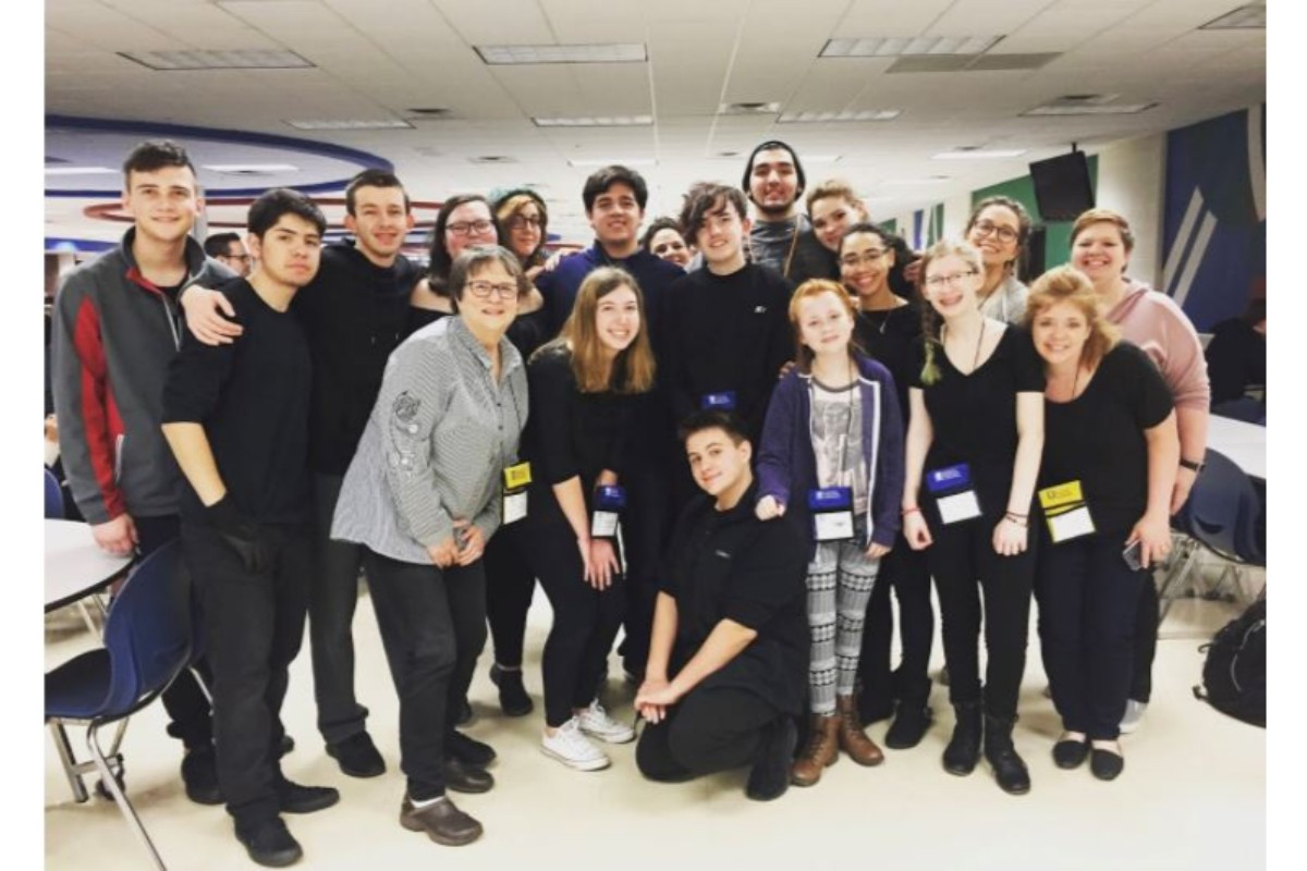 #1StudentNWI: Making a splash at Hobart High School, onstage and off