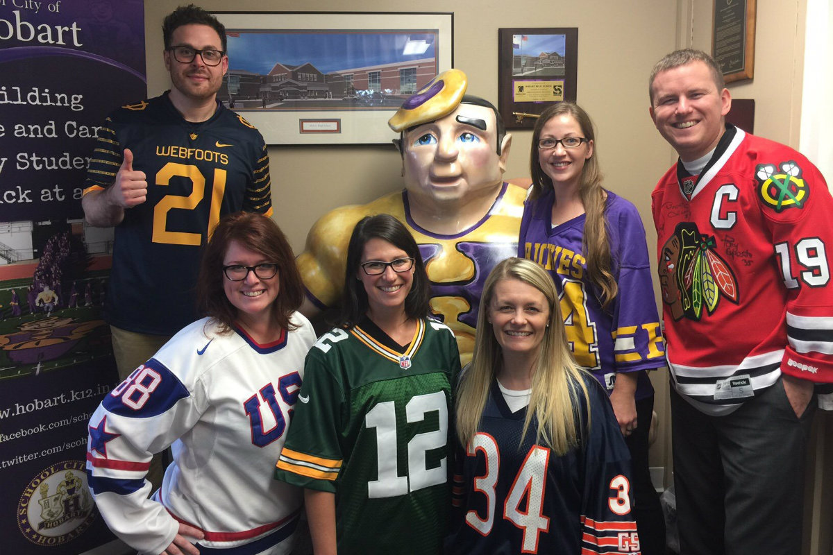 #1StudentNWI: Hobart Takes Heed for Homecoming