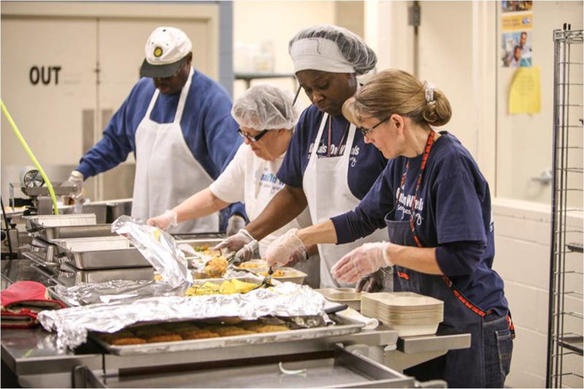 Meals on Wheels of Northwest Indiana Personalizes Nourishment