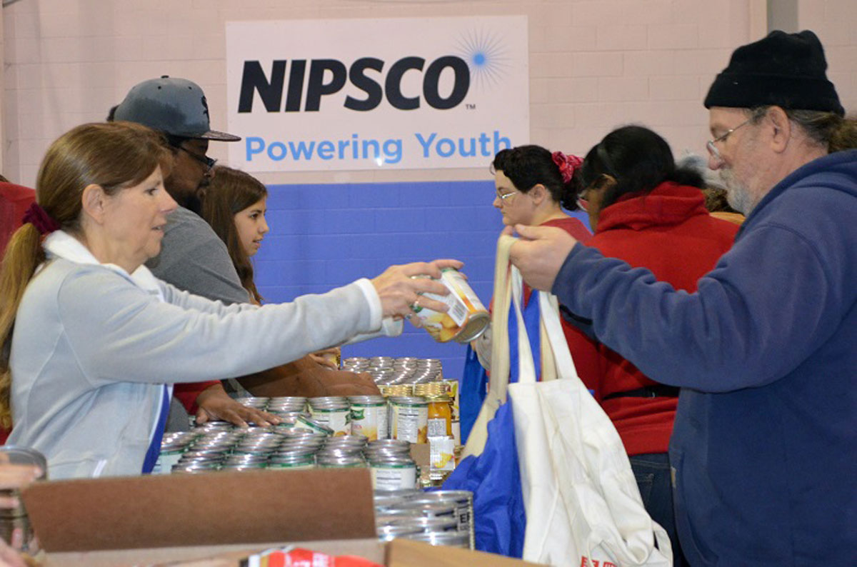 Food Bank of Northwest Indiana, NIPSCO, Provide 1,000 Holiday Meals