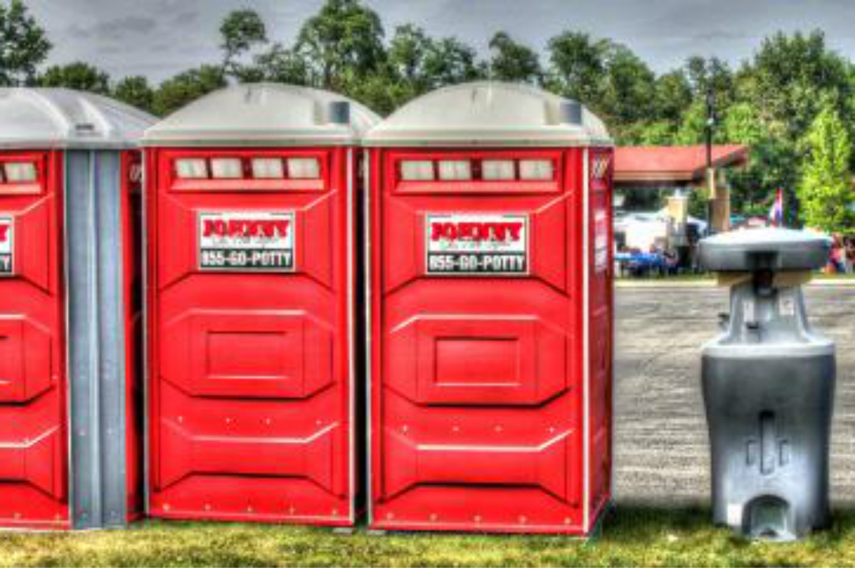 3 Important Questions to Ask When Searching for Porta Potty Rentals