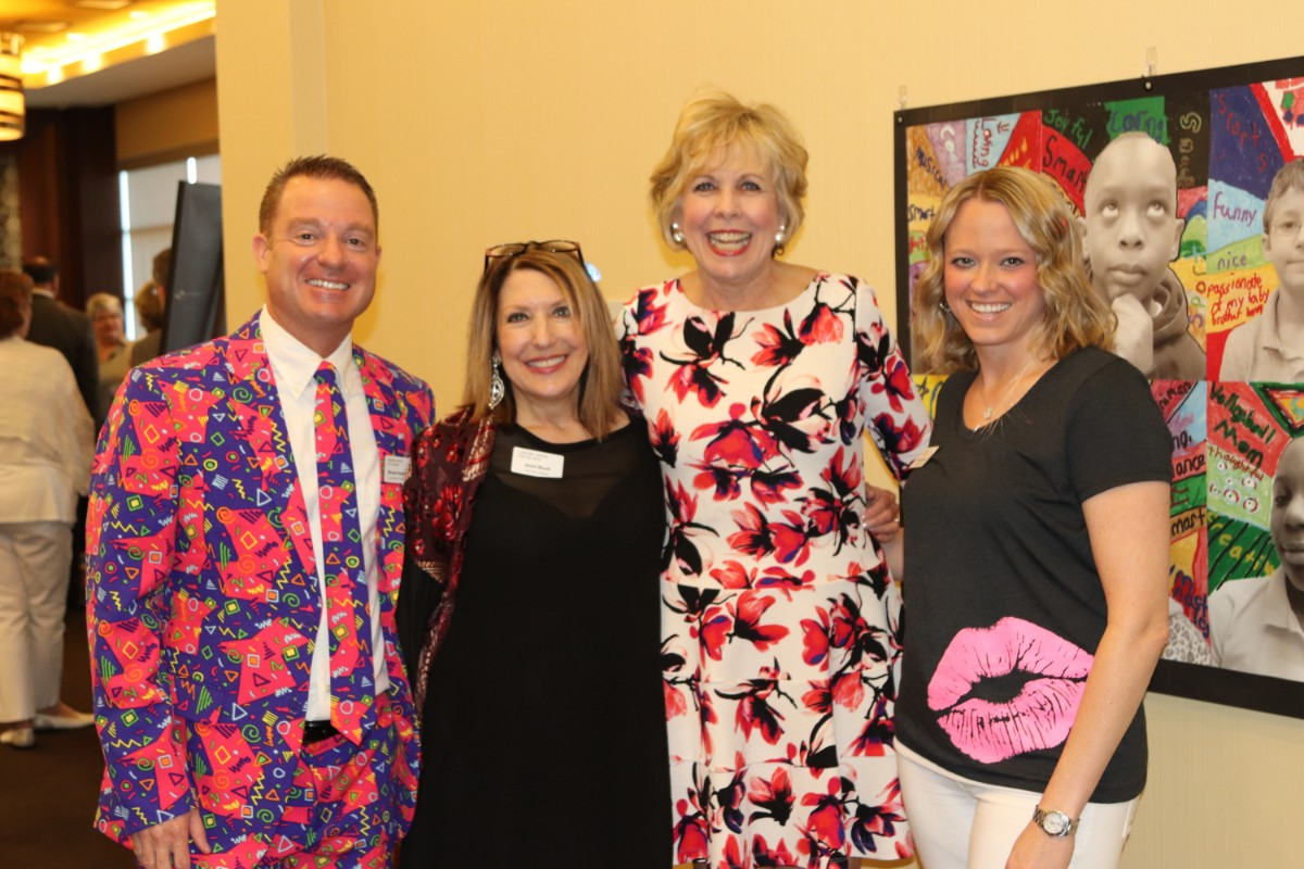 """Lubeznik Center's ArtBash 2018 Adds A Splash of Color to Blue Chip With """"GLOW"""" Benefit"""