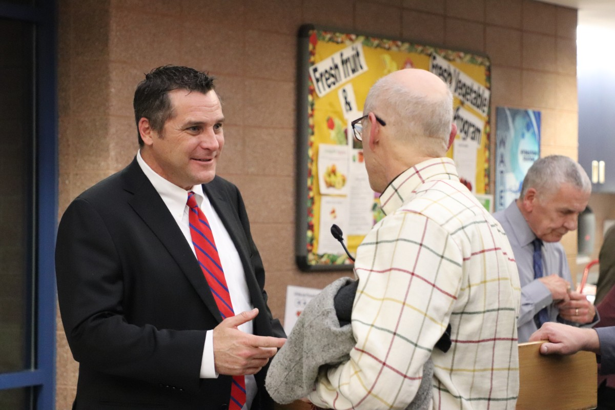 Mayor McDermott Welcomes Public Discourse at Mayor's Night Out