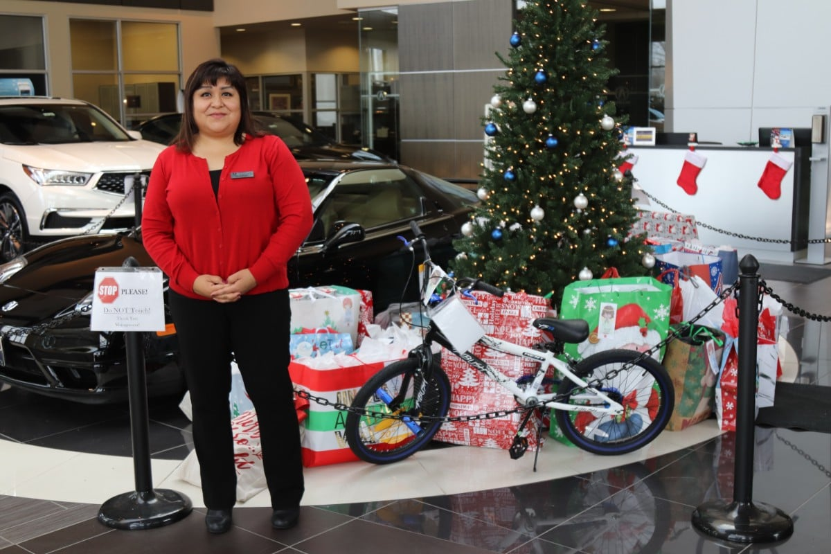 The Spirit of Giving is Alive at Muller Acura of Merrillville